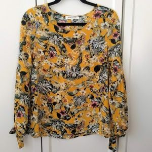 Rose & Olive Yellow Floral Tie Sleeve Blouse